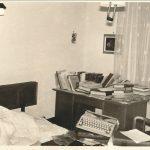 1966 חדר עבודה בבית ההורים
